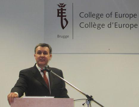 Principele Radu la Colegiul Europei (1)