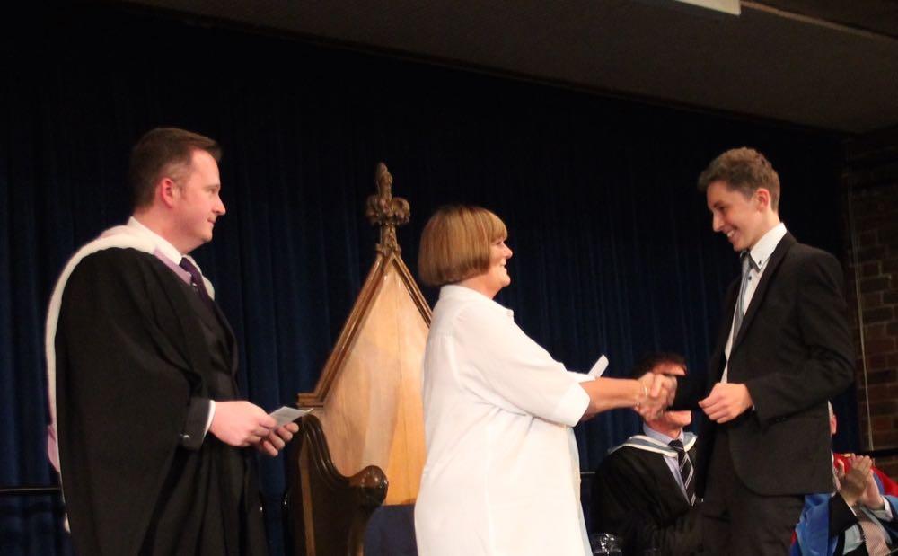 Principesa Elena a înmânat premiile anuale ale Școlii Sfântul Olave