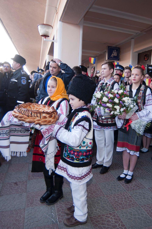 Familia Regala primita de locuitorii municipiului Pascani, 16 decembrie 2016 ©Daniel Angelescu