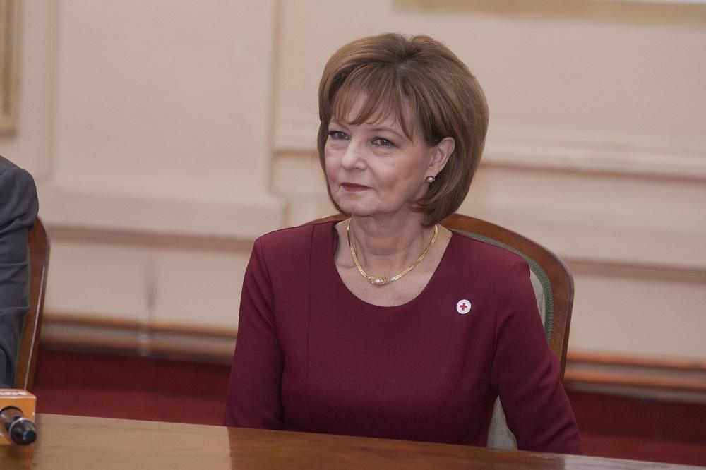 principesa-mostenitoare-la-semnarea-protocolului-de-colaborare-crucea-rosie-isu-19-decembrie-2016-foto-daniel-angelescu-c-casa-ms-regelui-3
