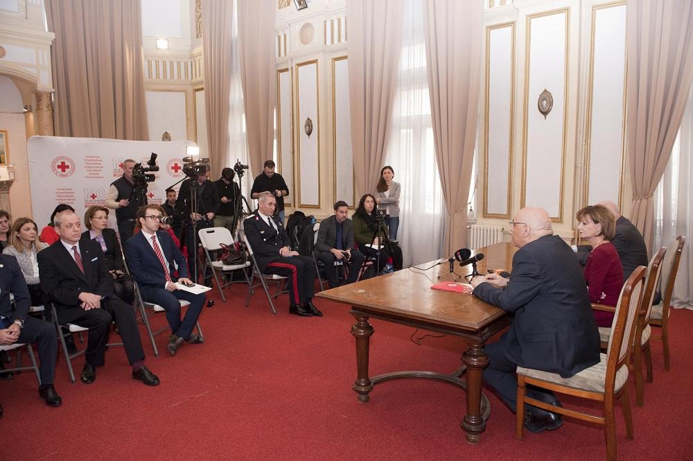 principesa-mostenitoare-la-semnarea-protocolului-de-colaborare-crucea-rosie-isu-19-decembrie-2016-foto-daniel-angelescu-c-casa-ms-regelui-6