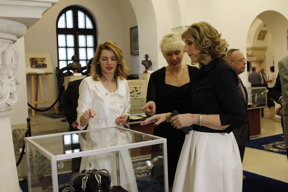 25-principesa-maria-la-vernisajul-expozitiei-marele-razboi-muzeul-national-cotroceni-8iunie2016-5