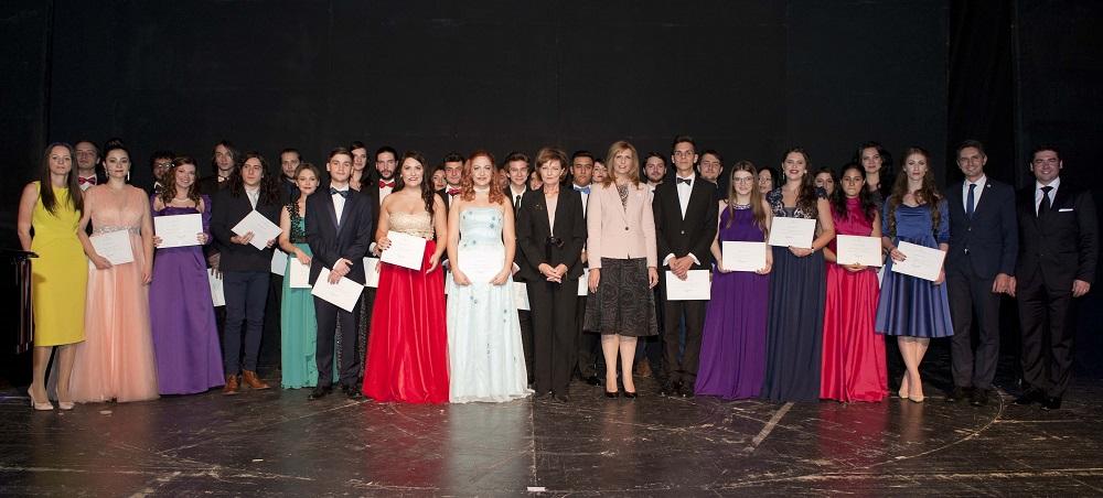 47-principesa-mostenitoare-la-gala-tinere-talente-2016-teatrul-national-bucuresti-14-noiembrie-2016-foto-c-daniel-angelescu-casa-ms-regelui-18