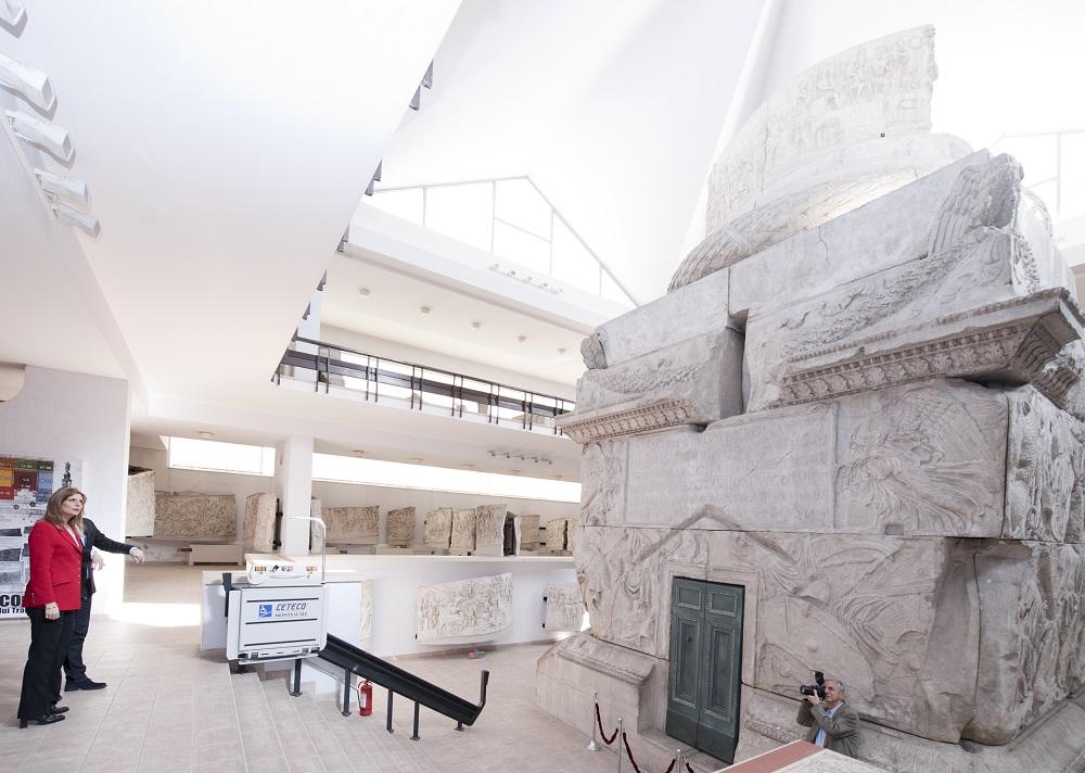 principesa-maria-vizita-la-muzeul-national-de-istorie-14-februarie2017-foto-daniel-angelescu-c-casa-ms-regelui-3