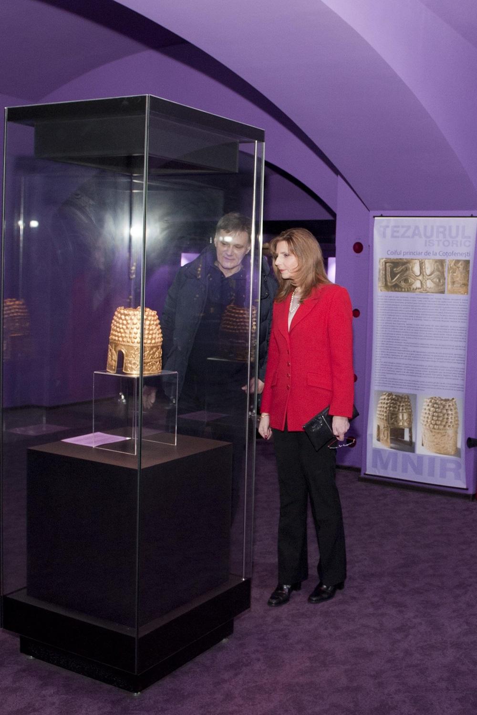 principesa-maria-vizita-la-muzeul-national-de-istorie-14-februarie2017-foto-daniel-angelescu-c-casa-ms-regelui-5