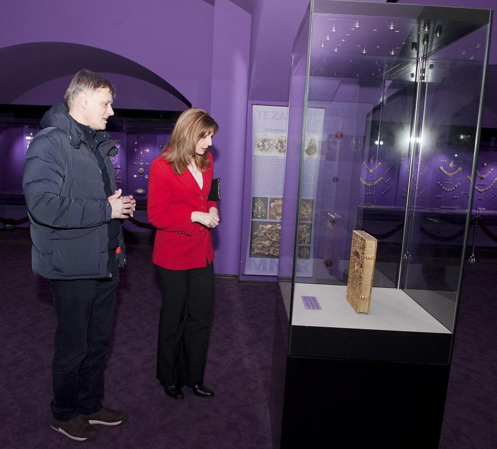 principesa-maria-vizita-la-muzeul-national-de-istorie-14-februarie2017-foto-daniel-angelescu-c-casa-ms-regelui-7