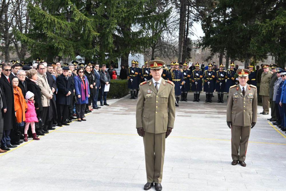 Principele Radu la ceremonia de comemorare a militarilor turci cazuti pe teritoriul Romaniei in Primul Razboi Mondial ©Ambasada Republicii Turcia la Bucuresti