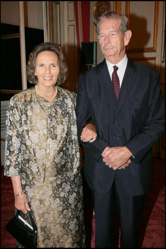 LE ROI MICHEL ET LA REINE ANNE DE ROUMANIE - DINER DE GALA DANS LES SALONS BOFFRAND DE LA PRESIDENCE DU SENAT, 9 OCTOBRE 2007