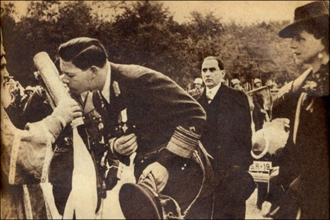 regele_mihai_si_regina_elena_chisinau_31octombrie1942