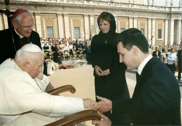 principele-radu-principesa-margareta-papa-ioan-paul-al-doilea vatican 2003