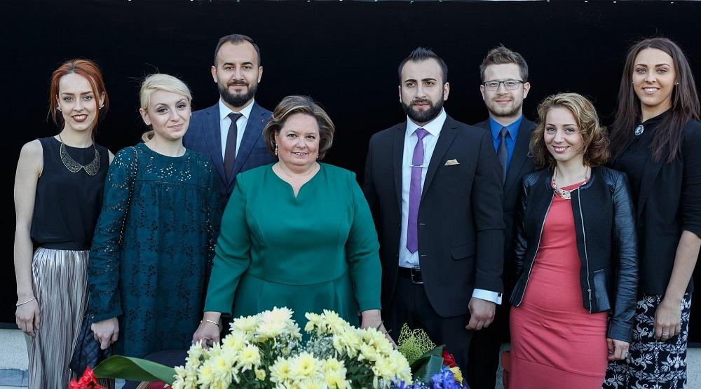 principesa-sofia-expozitie-la-ateneul-din-iasi-17-mai-2017-4
