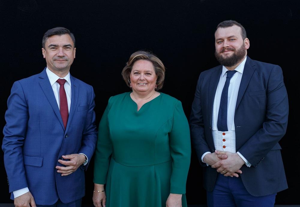 principesa-sofia-expozitie-la-ateneul-din-iasi-17-mai-2017-5