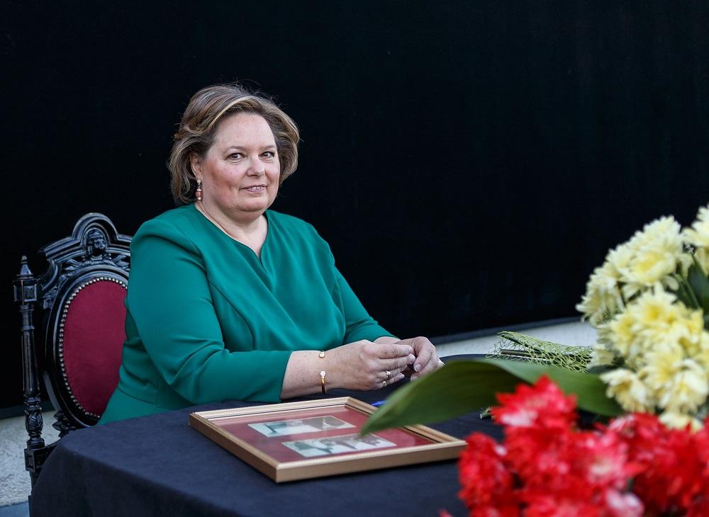 principesa-sofia-expozitie-la-ateneul-din-iasi-17-mai-2017-6